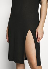 Simply Be - SIDE SPLIT - Pletené šaty - black - 4