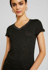 Morgan - DALI - T-shirt imprimé - noir - 3