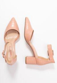 Dorothy Perkins - ELSA PART BLOCK HEEL - Classic heels - pink - 3