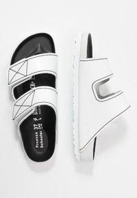 Proenza Schouler - ARIZONA  - Pantofle - white - 3