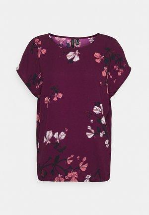 VMHALLIE NEW - T-shirt imprimé - dark red