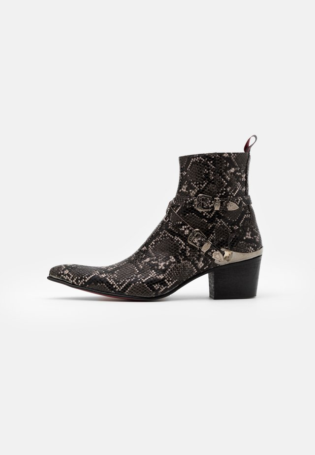 SYLVIAN DOUBLE BUCKLE  - Cowboy/biker ankle boot - pado