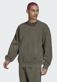adidas Originals - Sweatshirt - brown - 0