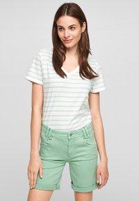 s.Oliver - Denim shorts - turquoise - 3