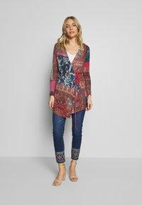 Desigual - FLOYER - Jeans slim fit - denim dark blue - 1