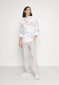 Hollister Co. - PRIDE - Sweatshirt - white - 1