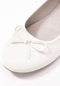 Jana - Ballet pumps - white - 2