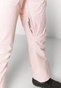 Roxy - NADIA - Ski- & snowboardbukser - silver pink - 4