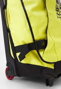 The North Face - ROLLING THUNDER - 30 - Wheeled suitcase - sulphur spring green/black - 4