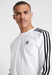 adidas Originals - 3 STRIPES UNISEX - Long sleeved top - white - 5