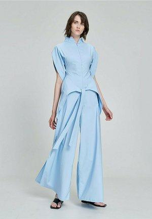 JAPANISCHEN STYLE - Jumpsuit - hellblau-blau