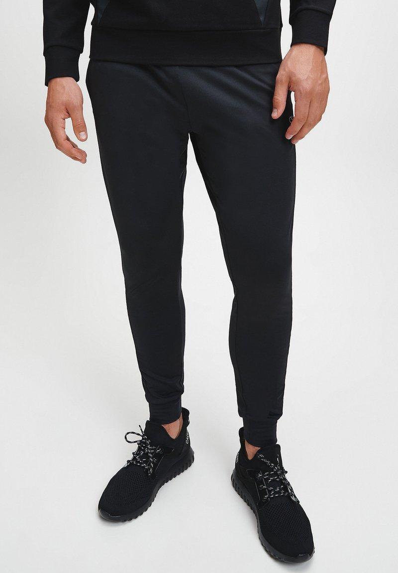 Calvin Klein Performance - Pantaloni sportivi - Black