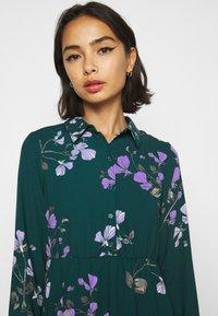 Vero Moda Petite - VMANNIE DRESS - Košilové šaty - ponderosa pine/hallie - 3