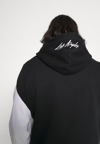 Hollister Co. - MOTO CHASE - Sweatshirt - black - 3
