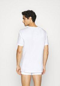 Nike Underwear - CREW NECK 2 PACK - Tílko - white - 2