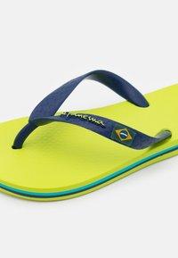 Ipanema - CLAS BRASIL II KIDS - Boty do bazénu - green/blue - 5