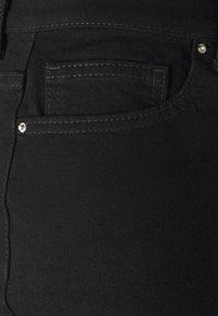 Even&Odd - Mom fit jeans - Jeans Skinny Fit - black denim - 5