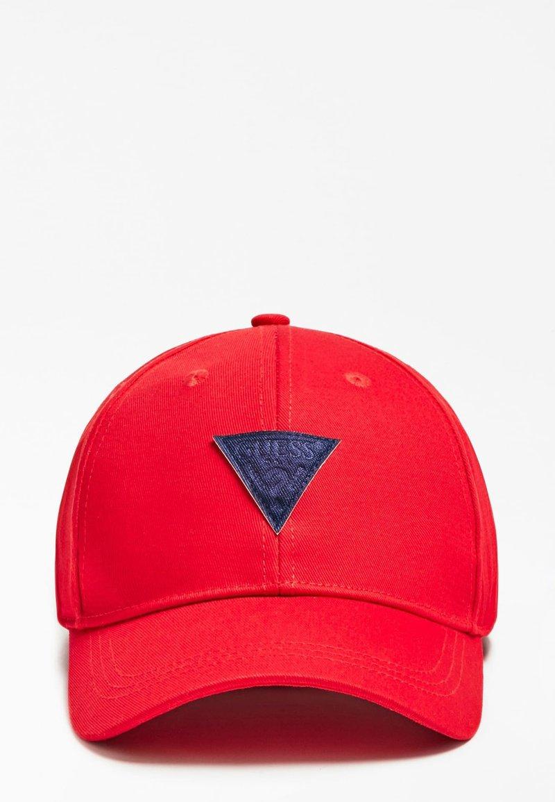 Guess - CAPPELLO LOGO TRIANGOLO - Cappellino - rosso