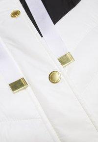 Barbour International - LIGHTNING QUILT - Light jacket - optic white/black - 8