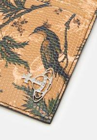 Vivienne Westwood - KENT ZIP CREDIT CARD HOLDER - Peněženka - brown - 4