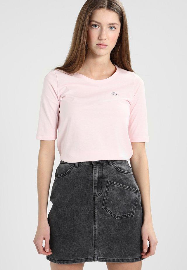 Basic T-shirt - flamant