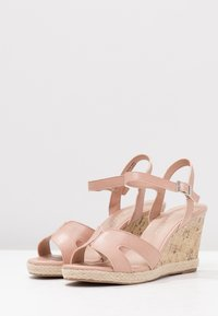 New Look Wide Fit - WIDE FIT POTTER - High heeled sandals - oatmeal - 4