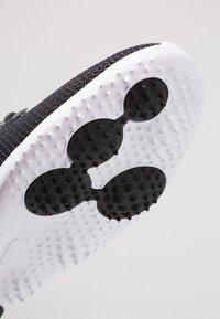 Nike Golf - ROSHE - Golfsko - black/white - 5