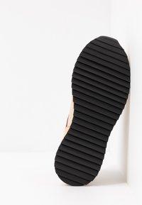 By Malene Birger - LOU LOU - Sneakersy niskie - beige - 6