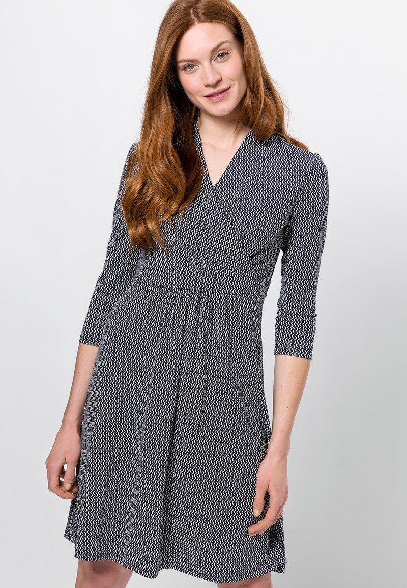 zero - MIT WELLENPRINT - Jersey dress - dark blue
