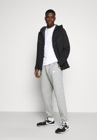 Nike Sportswear - HOODIE  - Huvtröja med dragkedja - black/anthracite - 1