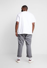 Polo Ralph Lauren Big & Tall - CLASSIC - Basic T-shirt - white - 2