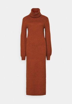 LADIES DRESS - Abito in maglia - rust