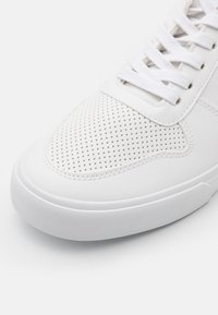 YOURTURN - UNISEX - High-top trainers - white - 5