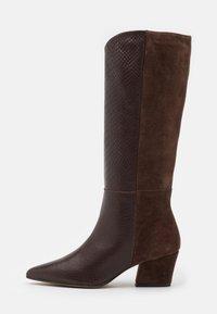 Stiefel - brown