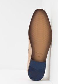 Pier One - Nazouvací boty - beige - 4