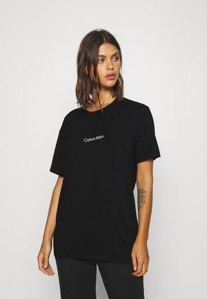 MODERN STRUCTURE CREW NECK - Pyjamashirt - black