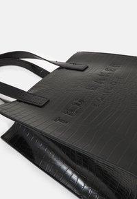 Ted Baker - REPTCON - Handbag - black - 3