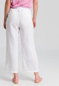 Marc Aurel - Trousers - white - 2