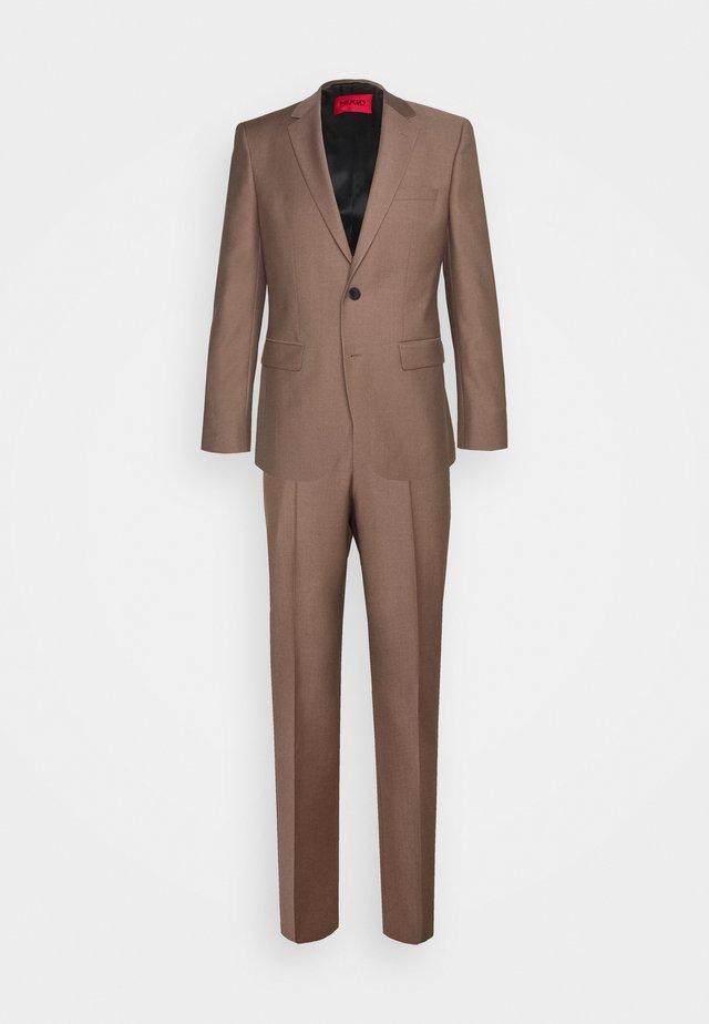 JEFFERY SIMMONS - Kostuum - light pastel brown