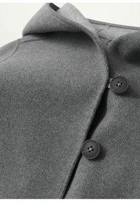 Mango - JAS MET CAPUCHON EN KNOPEN - Short coat - grijs - 2