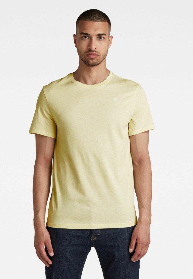 BASE - T-shirt basic - light canary htr