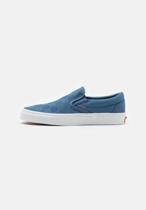 CLASSIC UNISEX - Nazouvací boty - coronet blue