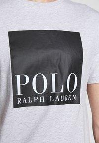 Polo Ralph Lauren - Print T-shirt - smoke heather - 5