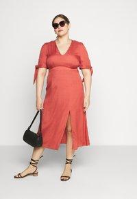 Glamorous Curve - TIE SLEEVE MIDI DRESS - Day dress - faded red - 1