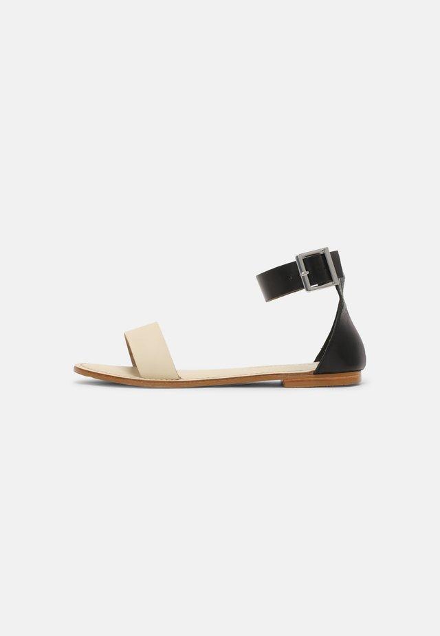 VMELSA - Sandals - birch