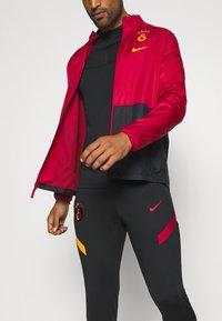 Nike Performance - GALATASARAY ISTANBUL DRY - Club wear - pepper red/black/vivid orange - 4