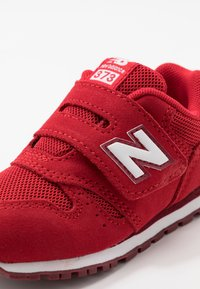 New Balance - IV373SB - Baskets basses - scarlet - 2