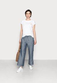 Opus - SULAKI - Basic T-shirt - white - 1
