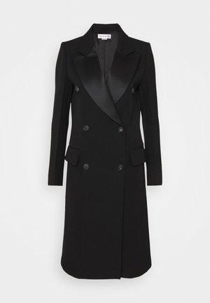 DOUBLE BREASTED TUXEDO COAT - Zimní kabát - black