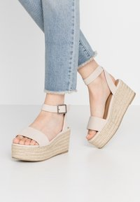 Rubi Shoes by Cotton On - CRYSTAL WEDGE - Espadrillot - stone - 0